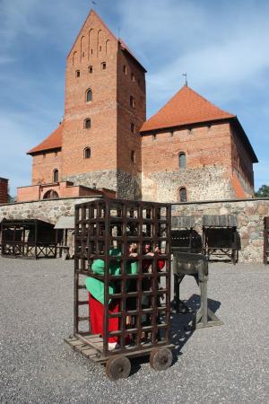 zamek w trokach 20101229 1074602036